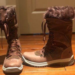 New Santana  Canada faux fur boots